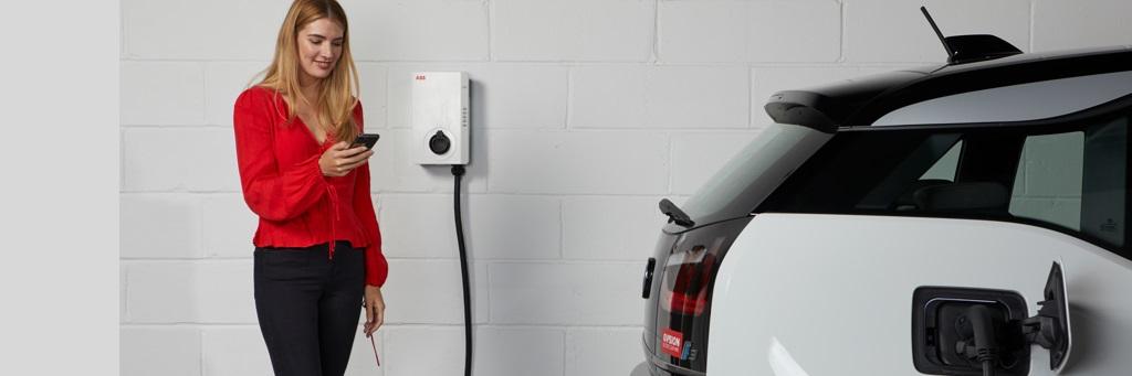 Wybierz najlepszą dla siebie ładowarkę prądu zmiennego do samochodów